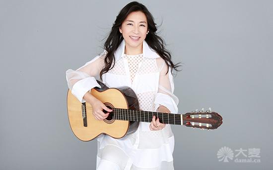 对于喜欢bossa nova的乐迷来说,小野丽莎是不容错过的女歌手.