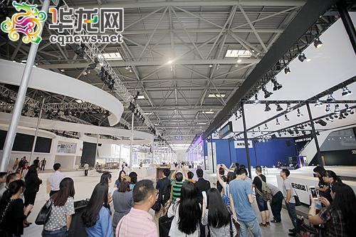 在制造业方面,北京现代汽车,上汽通用五菱重庆基地二期项目,高铝硅