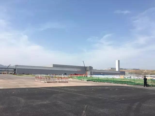 鱼复工业园的鞍钢蒂森克虏伯(重庆)汽车钢有限公司和北京现代重庆工厂