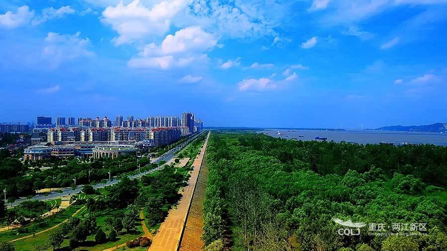 南京江北新区全貌照片:桥北滨江风光带