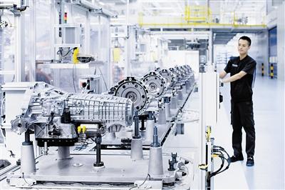 大众汽车自动变速器(天津)有限公司的现代化智慧工厂.