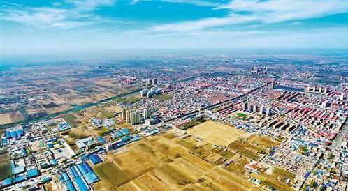 俯瞰河北省雄县县城(4月1日摄).雄安新区规划范围涉及河北省雄县